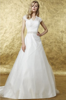 A-Line Appliqued Cap Sleeve Scalloped Organza Wedding Dress
