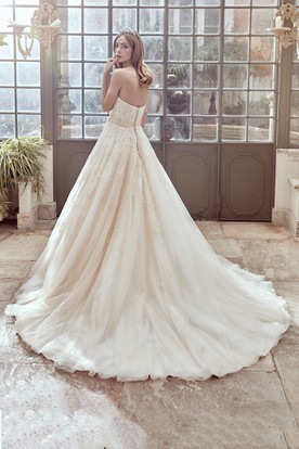 Sweetheart A-Line Gown With Side Floral Waist And Beaded Appliques