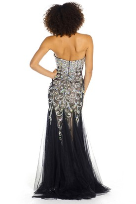 Floor-Length Sweetheart Crystal Tulle Prom Dress With V Back