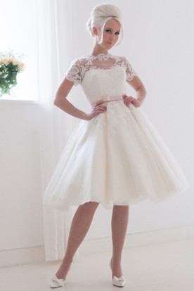 Short Wedding Dresses With Sleeves - Wedding Dresses With Sleeves ...