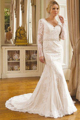 Trumpet V-Neck Long-Sleeve Long Beaded Lace Wedding Dress With Embroidery And Waist Jewellery