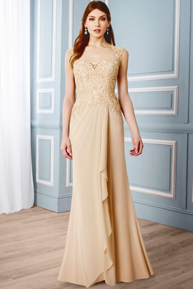 Draped Sleeveless Queen Anne Chiffon Formal Dress