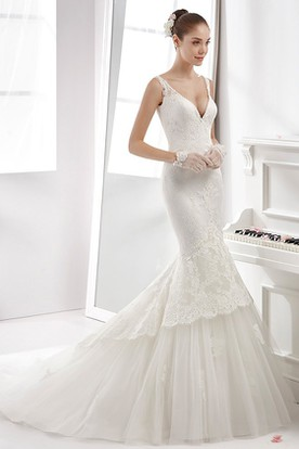 Illusion-Strap Lace Sheath Gown With Low-V Neck And Open Back