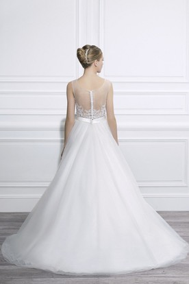 Ball-Gown Sleeveless Appliqued Long Bateau Tulle Wedding Dress With Waist Jewellery And Illusion Back