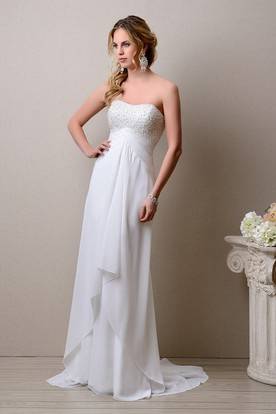 Empire Sleeveless A-Line Chiffon Wedding Dress With Bust Pearls