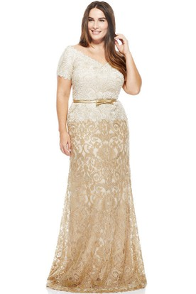 Ribboned T-Shirt Sleeve V-Neck Lace Evening Dress
