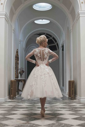 A-Line Tea-Length V-Neck Appliqued Long Sleeve Tulle Wedding Dress
