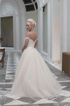 Pencil Off-The-Shoulder Lace&Tulle Wedding Dress