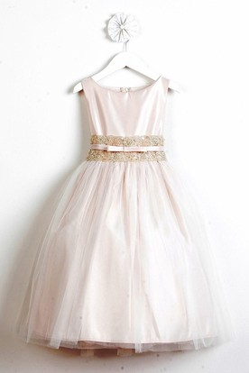 Tea-Length Bowed Tiered Tulle&Lace Flower Girl Dress With Sash