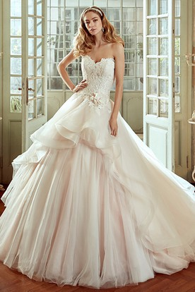 Sweetheart A-line Wedding Dress with Ruching Pleats and Side Floral Waist