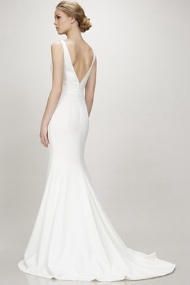 Long V-Neck Chiffon Wedding Dress With Sweep Train And V Back