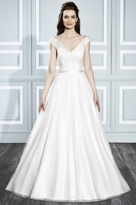 A-Line V-Neck Ruched Cap Sleeve Tulle Wedding Dress