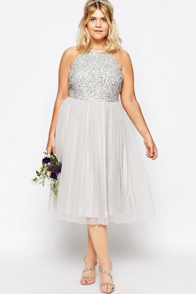 A-Line Sleeveless Scoop-Neck Sequined Tea-Length Tulle Bridesmaid Dress With Pleats