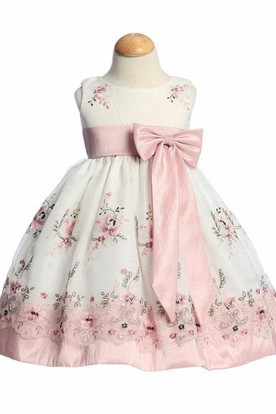 Split Tea-Length Bowed Organza&Taffeta Flower Girl Dress With Embroidery