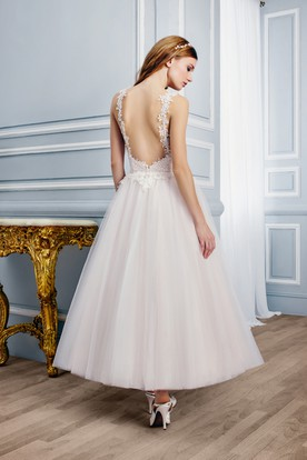 Ankle-Length Sleeveless Appliqued V-Neck Tulle Wedding Dress