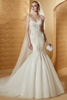 Sweetheart Court-train Mermaid Wedding Gown with Fine Appliques and Spaghetti Straps