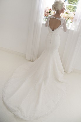 Trumpet High Neck Floor-Length 3-4-Sleeve Lace Wedding Dress With Appliques And Keyhole