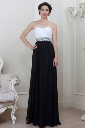 Floor-Length Sweetheart Ruched Chiffon Evening Dress With Waist Jewellery