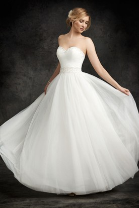 A-Line Sweetheart Beaded Tulle Wedding Dress With Ruching And Waist Jewellery
