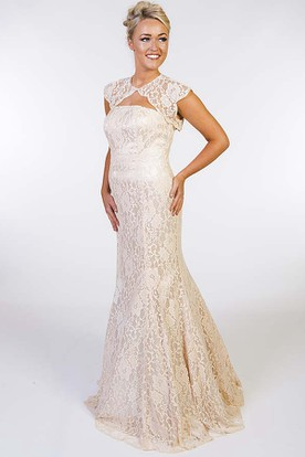 Mermaid Floor-Length Sleeveless High-Neck Appliqued Lace Prom Dress