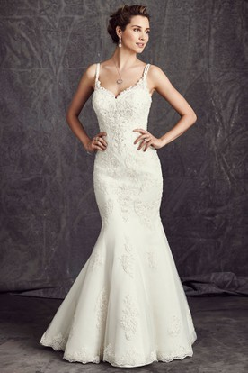 Trumpet Sleeveless Spaghetti Long Appliqued Lace Wedding Dress With Beading And Corset Back