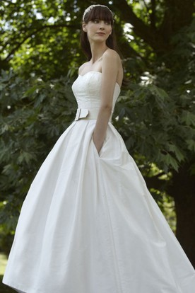 A-Line Strapless Taffeta Wedding Dress With Lace