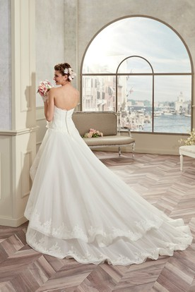Sweetheart High-low Wedding Gown With Lace Corset and Brush Train