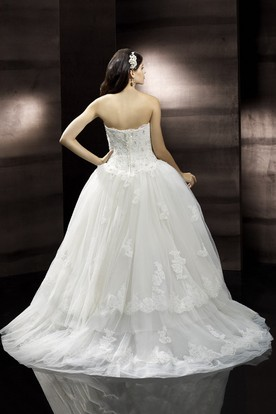High-Low Sweetheart Tiered Beaded Tulle Wedding Dress With Court Train