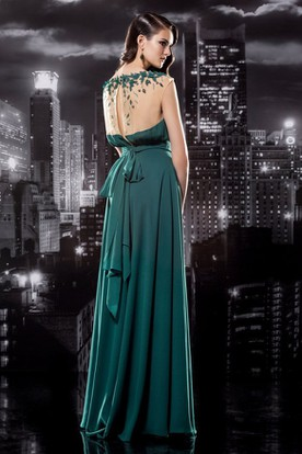 Sheath Long Scoop-Neck Cap-Sleeve Jersey Illusion Dress With Appliques And Bow
