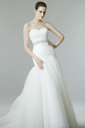Mermaid Sleeveless Sweetheart Criss-Cross Tulle Wedding Dress