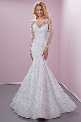 Mermaid Scoop Neck Appliqued Long Sleeve Lace Wedding Dress With Court Train