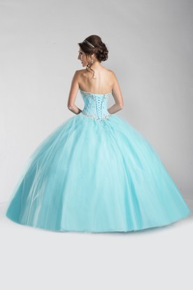 Lace-Up Back Tulle Ball Gown With Sweetheart Neckline