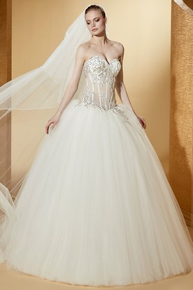 Sexy Sweetheart Ball Gown With Beaded Illusion Corset