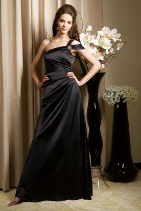 One-Shoulder Long Taffeta Gown With Brooch And Ruches