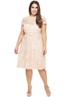 Knee-Length T-Shirt Sleeve Scoop Neck Lace Cocktail Dress With Illusion Back