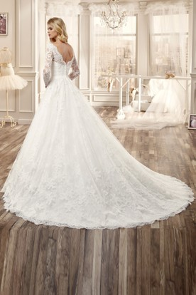 V-Neck Lace Wedding Dress With Long Sleeve And Pleated Skirt