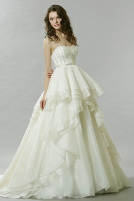 A-Line Sleeveless Sweetheart Beaded Tulle Wedding Dress