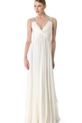 Wedding Dress To Hide Broad Shoulders   UCenter Dress