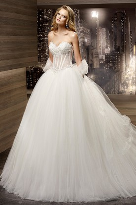 Sweetheart A-Line Bridal Gown With Lace Illusion Corset And Brush Train