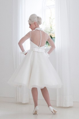 A-Line Knee-Length High Neck Long Sleeve Tulle Wedding Dress