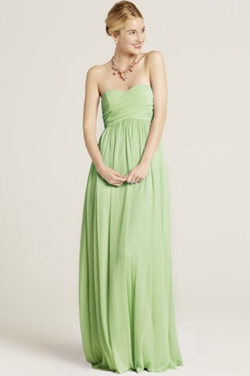 Floor-Length Ruched Strapless Chiffon Bridesmaid Dress With Bow And Brush Train