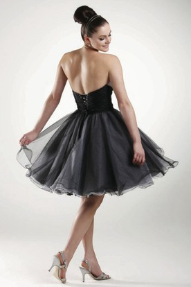 A Line Strapless Sleeveless Floral Short Mini Tulle Bridesmaid Dress With Ruching