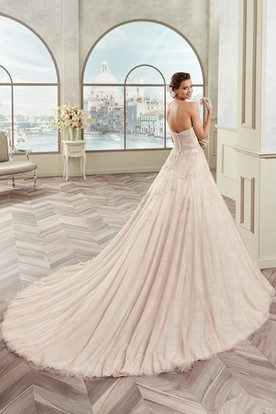 Romantic Strapless A-Line Bridal Gown With Floral Waist And Fine Appliques