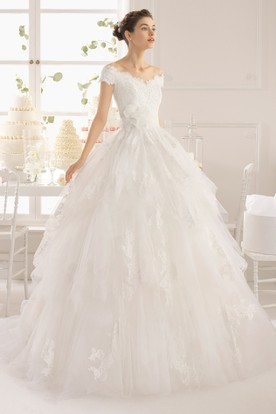 Ball Gown Maxi Appliqued Off-The-Shoulder Tulle Wedding Dress With Flower And Ruffles
