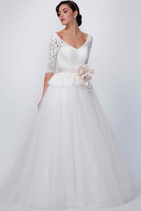 A-Line V-Neck Half-Sleeve Lace Wedding Dress With Flower And Sequins
