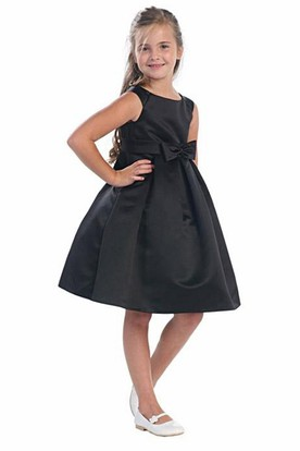 Knee-Length Split Pleated Tiered Satin Flower Girl Dress With Split Front