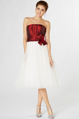 Tea-Length Strapless Ruched Tulle Bridesmaid Dress With Flower And Lace-Up Back