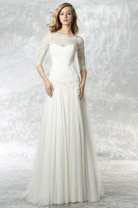 Sheath Bateau Neck 3-4 Sleeve Lace Tulle Wedding Dress With Brush Train