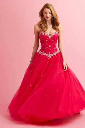 Ball Gown Maxi Sweetheart Sleeveless Tulle Dress With Lace And Beading