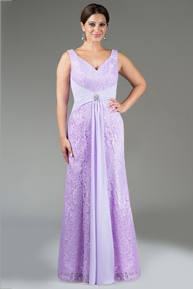 V Neck Sheath Lace Long Bridesmaid Dress With Crystal Waist Knot